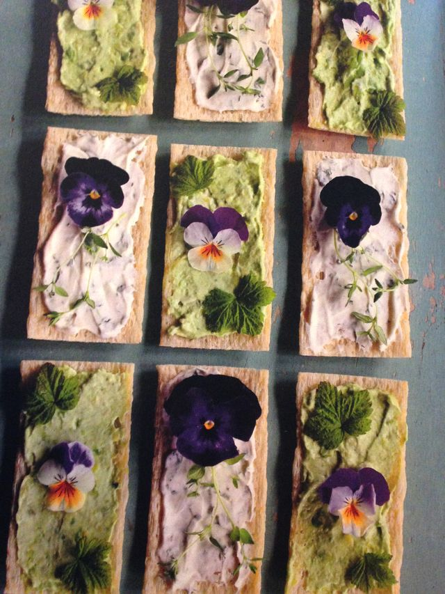 Flower sandwiches