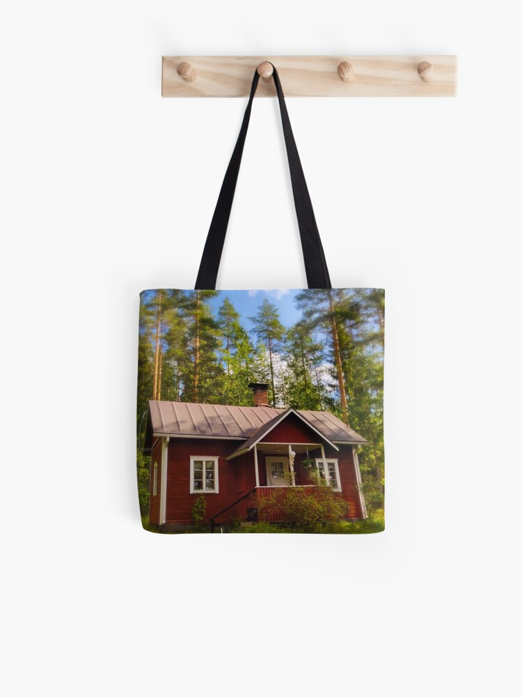 This is mökki tote bag by Susan Wilander